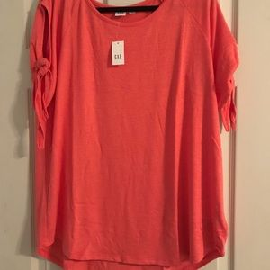 Gap maternity softspun tie-sleeve top coral color